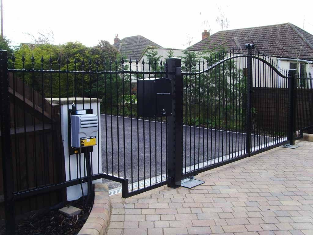 wrought iron gates Romsey