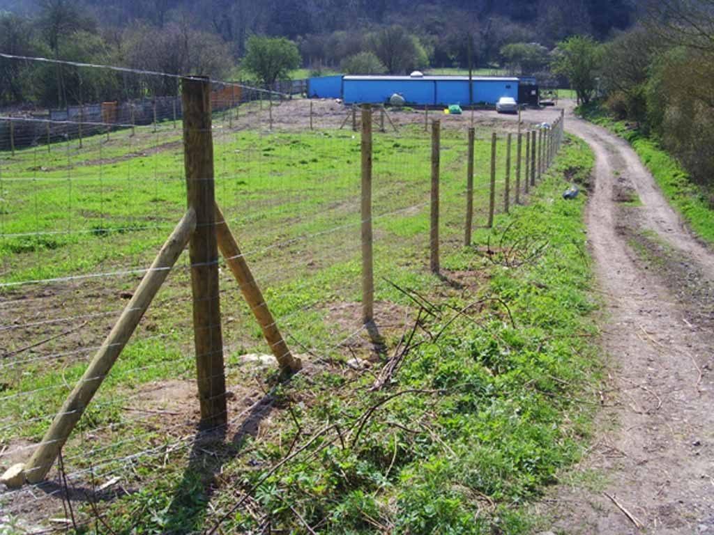 fencing contractors southampton